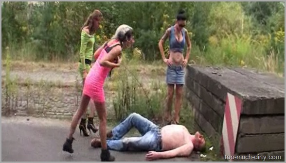 Outdoor_Girls_Scat_Domination_Spitting_and_Hard_Humiliation