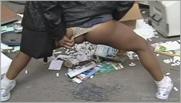 Black_American_Prostitute_Piss_in_a_Suburban_Dirty_Place_Then_Give_Me_a_Condom