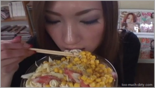 Asian_Girl_Eat_a_Lot_of_Food_Than_Make_a_Very_Big_Shit